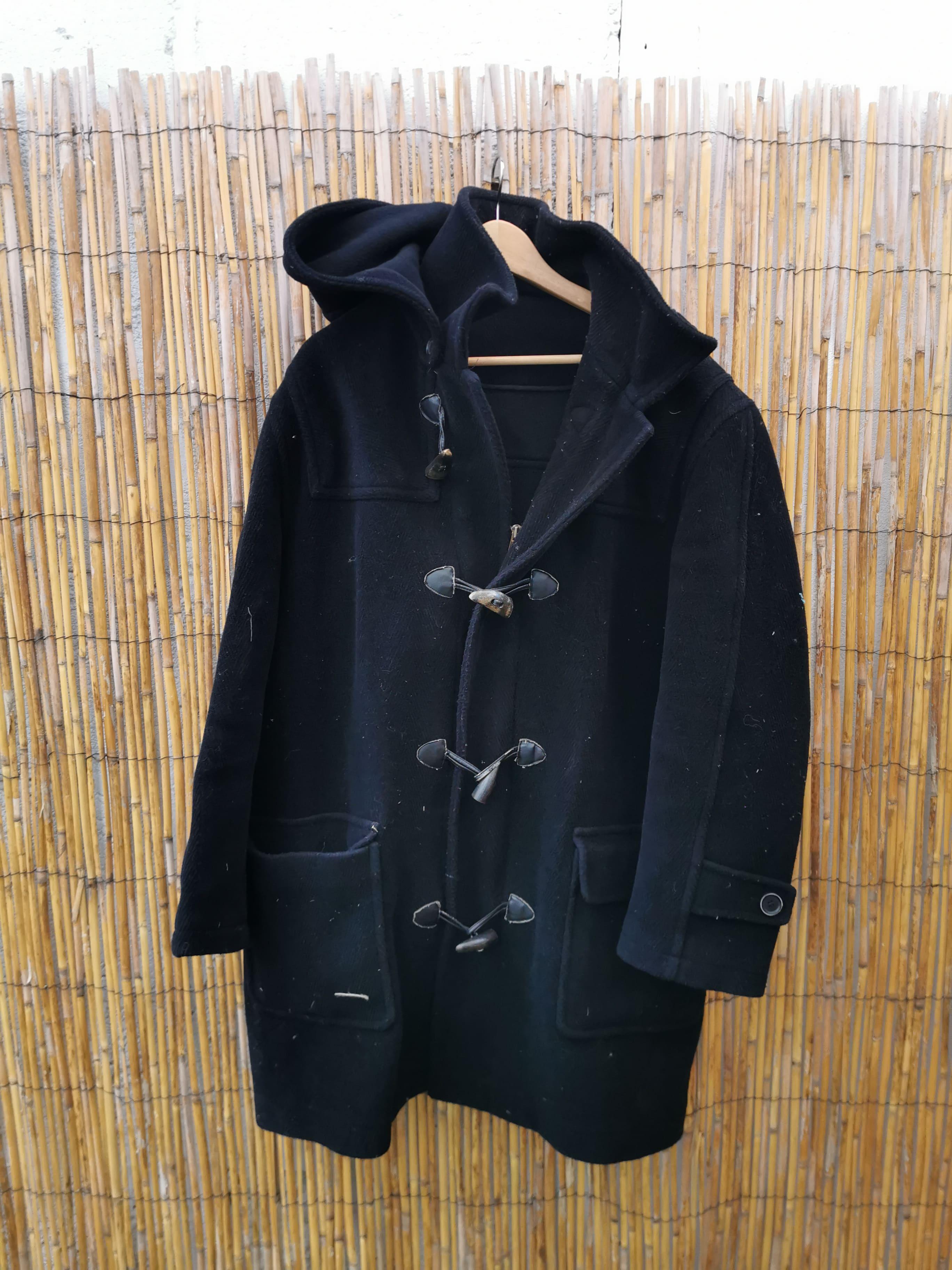 Manteau noir à capuche