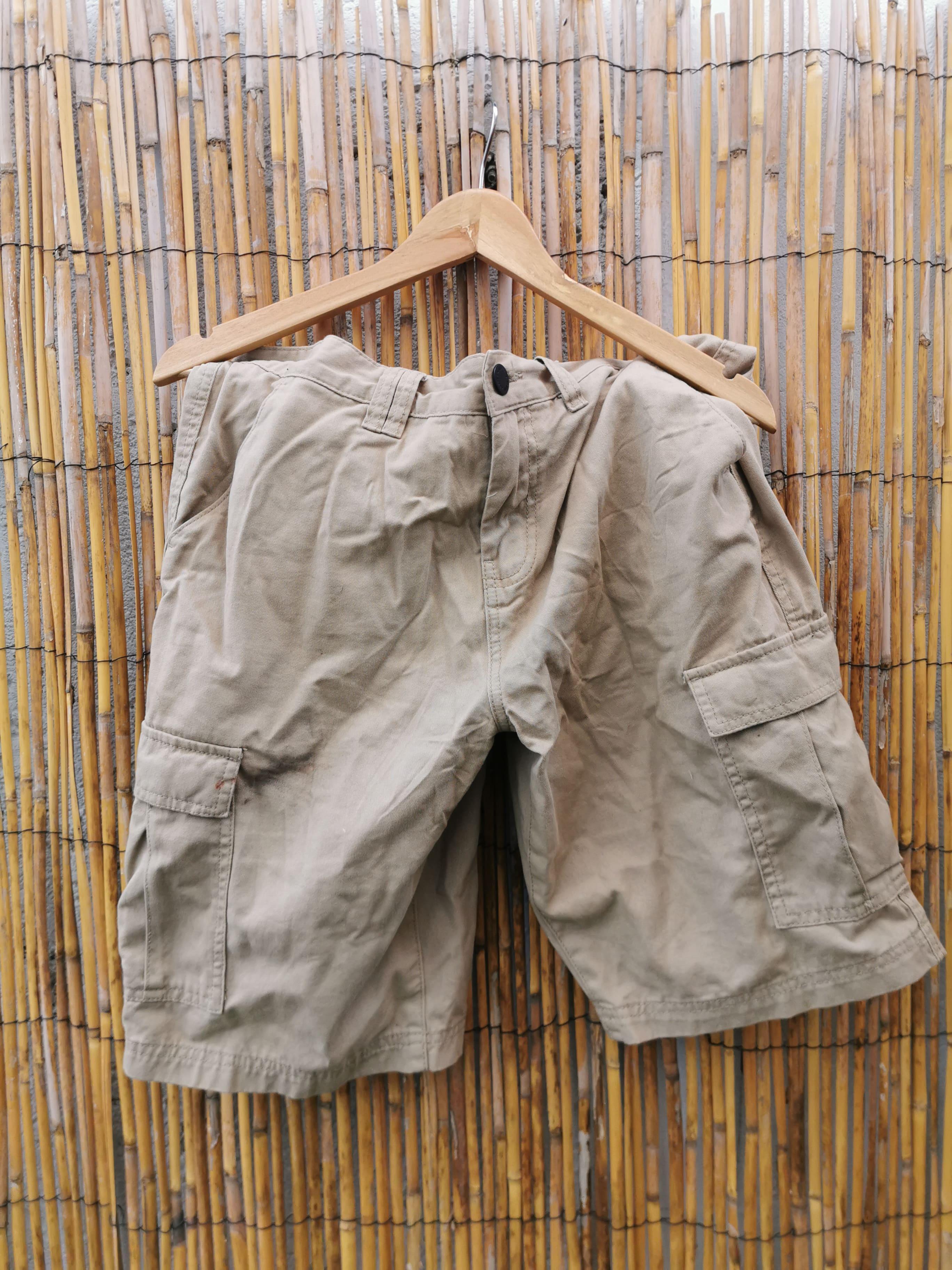Bermuda beige à poches